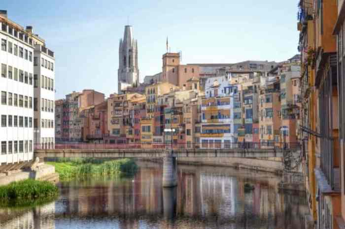 Girona Day Trips from Barcelona