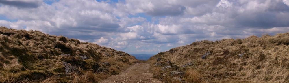 cropped-Dartmoor-Road.jpg