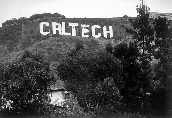 fun_with_hollywood_sign_07