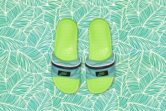 0531_NikeFlipFlops_3x2