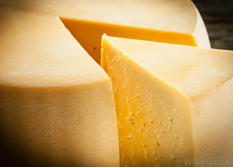 wedge-of-cheese-cut-from-wheel