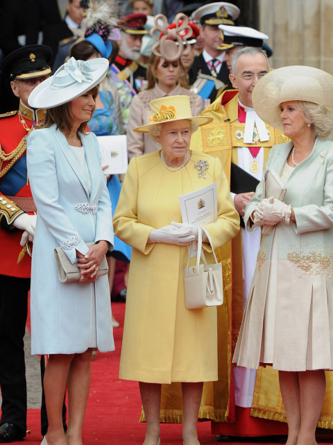 Her Majesty The Queen Turns 90 Two Chums