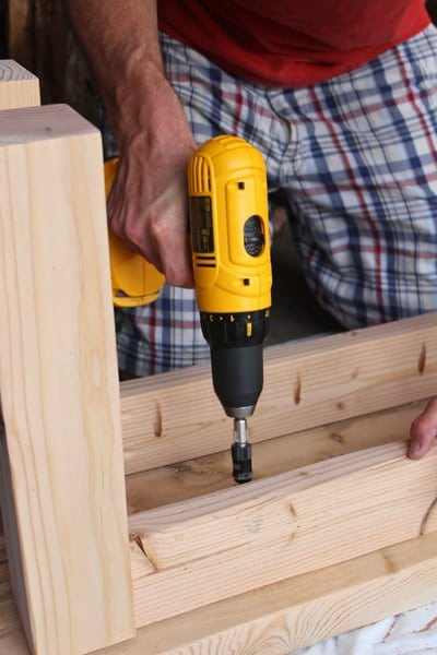 build wood bench