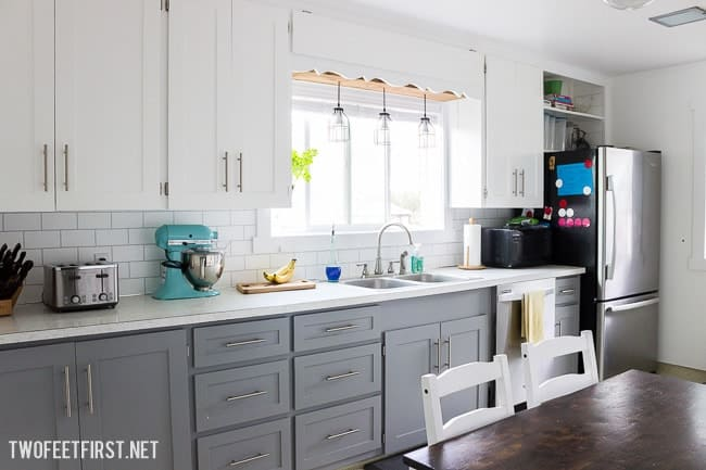Update your kitchen backsplash for cheap by using paint!