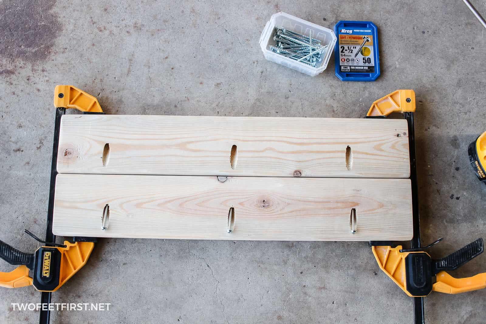 assembling laptop table top
