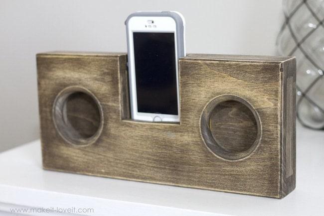 Wooden-Phone-AmplifierSpeak