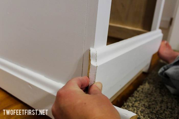 How to add baseboard to closet system