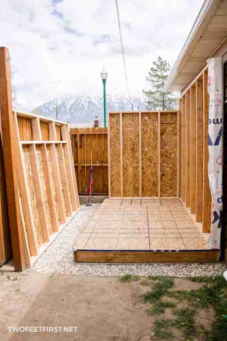 build shed walls