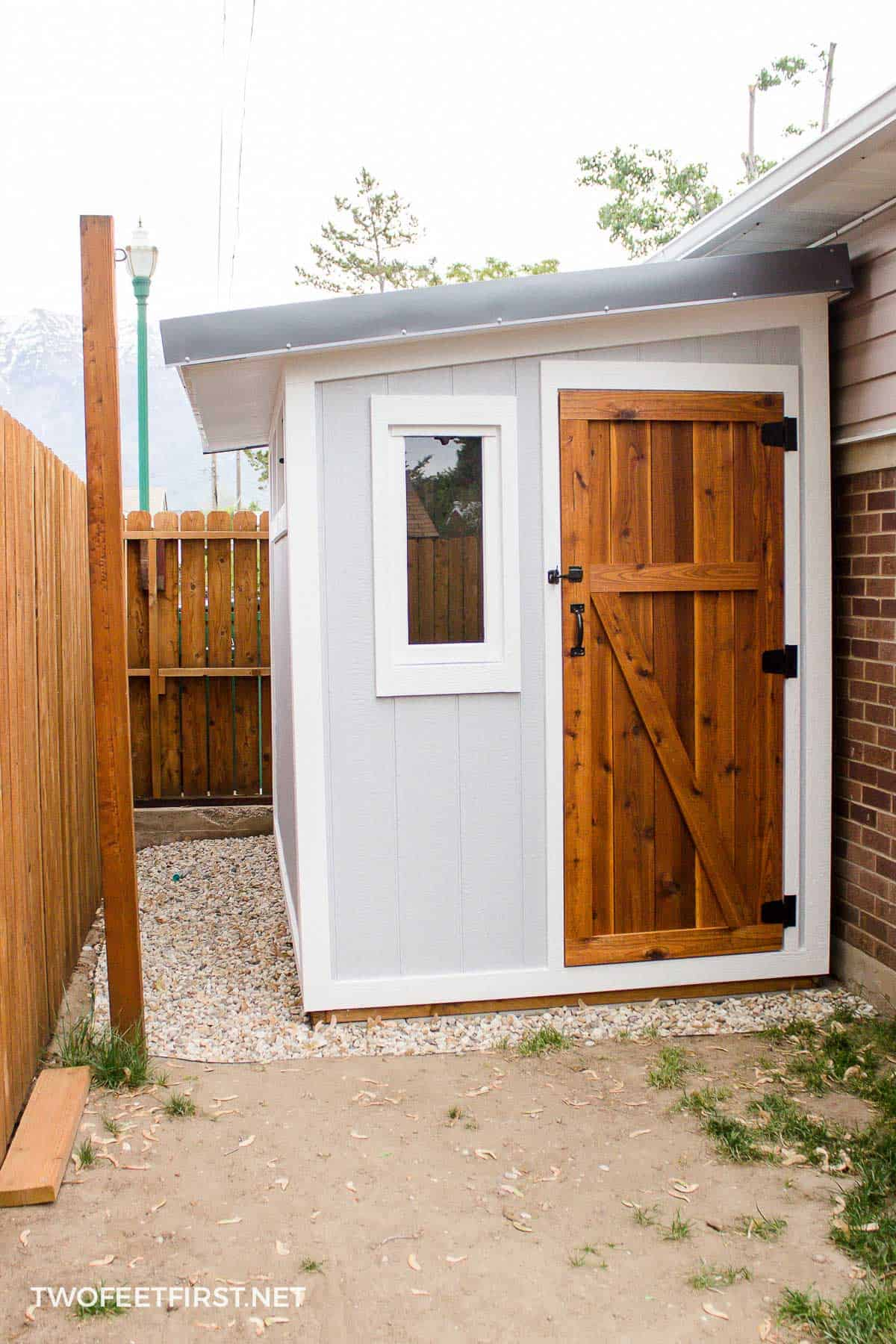 build a lean-to roof shed