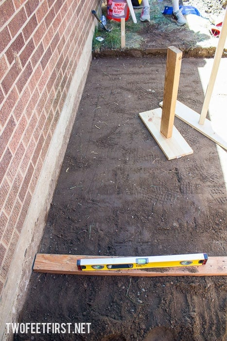 how to create a paver foundation with homemade stamper