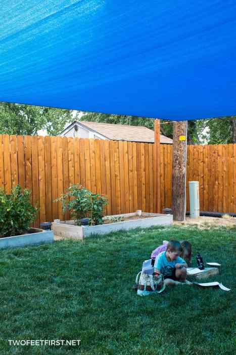 how to install sun sail shade in yard
