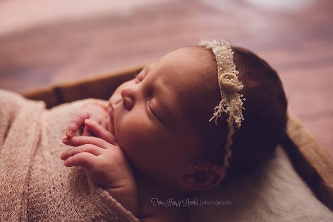 20160421-two-happy-lambs-arroyo-grande-best-newborn-photography-infant-profile-studio-baby-photos-california
