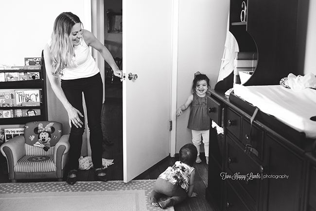 20160702-arroyo-grande-family-photography-best-family-photographer-lifestyle-photos-at-home-playing-with-toddlers