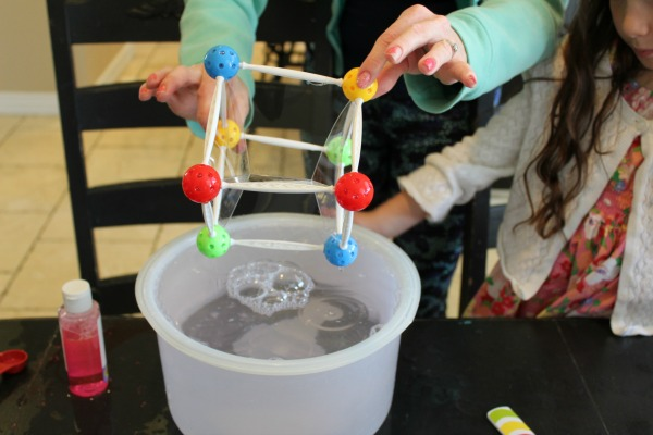 Spangler Science bubble experiment