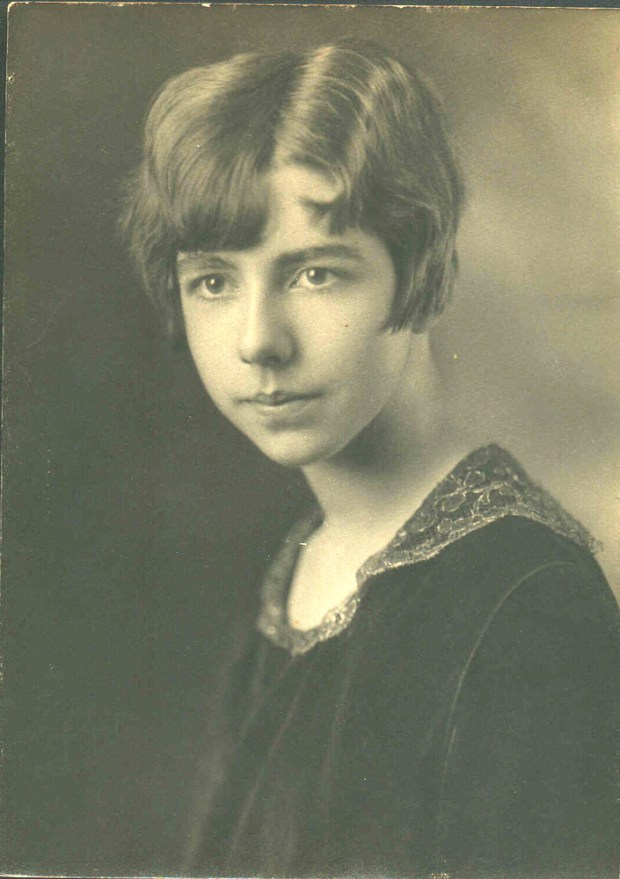 Sarah Lee King as a young lady in the early 1920s