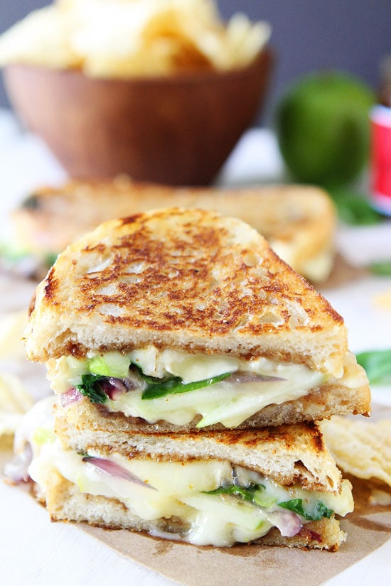 Brie, Fig, and Apple Grilled Cheese Recipe