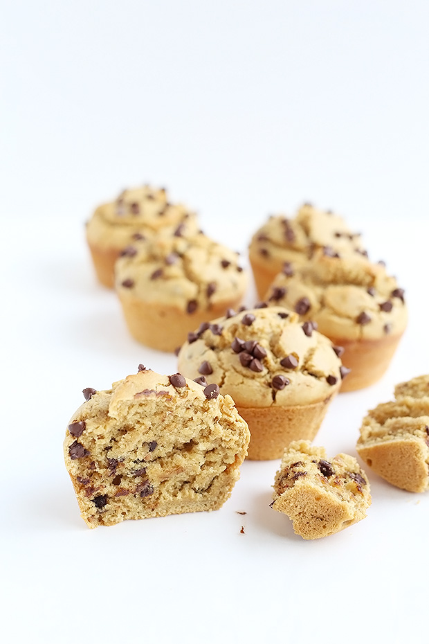 These Vegan Gluten Free Chocolate Chip Peanut Butter Muffins are super quick and easy to make. Light, fluffy, and moist textured. / TwoRaspberries.com