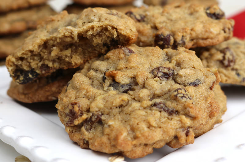 Soft And Chewy Oatmeal Raisin Cookies Two Sisters
