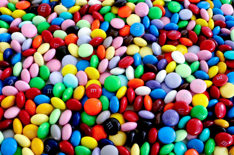 Single-color Peanut M/&M/'s