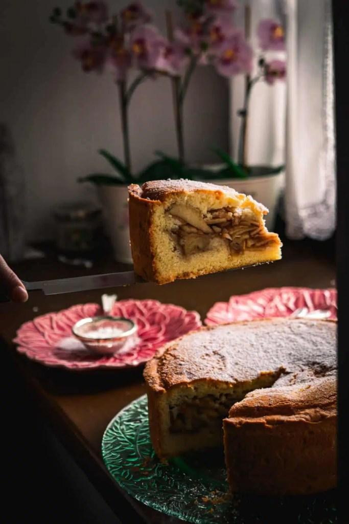 apple pie piece Apple cake recipe, best apple pie recipe, apfelkuchen rezept, easy apple cake recipe, fall recipe , easy cake recipe