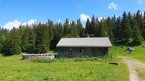 Cabane des Électriciens - Arzier-Le Muids - Vaud - Suisse