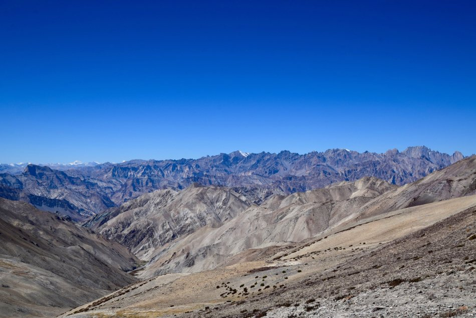 Views of the Zanskar mountains and Sotk Kangri range