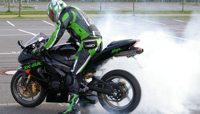 Top 10 Motorcycle Safety Tips for First-Time Riders