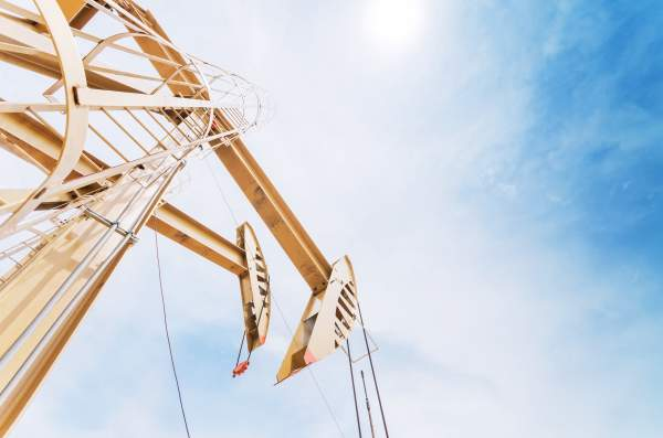 Forwarding drilling equipment