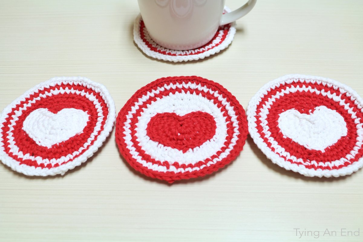 Heart Crochet Coaster – Tying An End