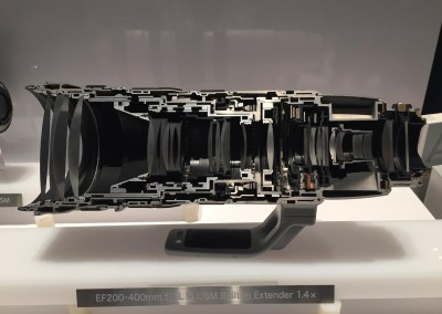 CES 2015 | Cut-away of Canon telephoto lens