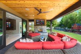 BEST OUTDOOR SPACE, Home of the Year Awards