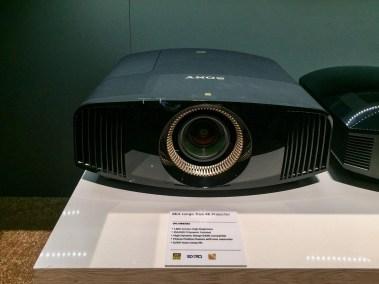 Sony-VPL-VW285ES-4K-Projector-01