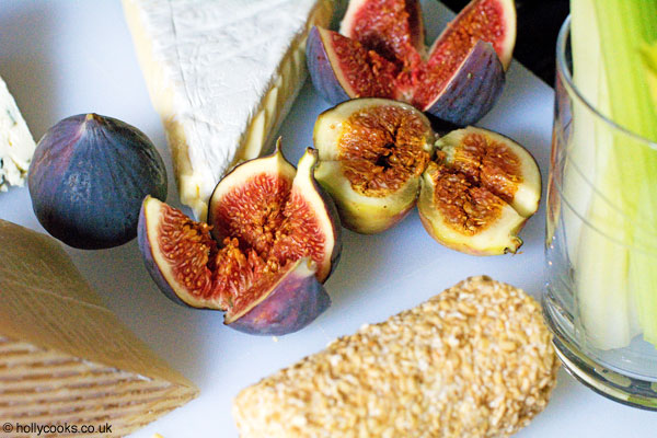 Holly-cooks-cheese-board-with-figs