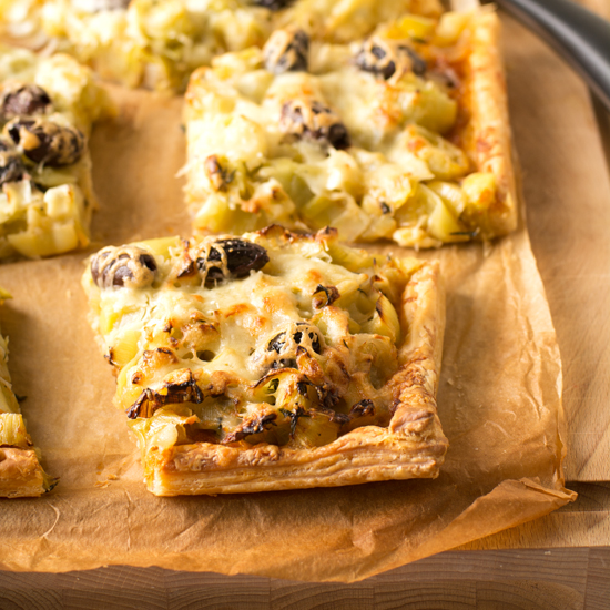 leek pesto and olive tart