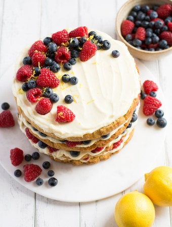 Blueberry and raspberry naked cake