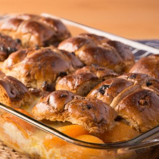 Hot cross bun and apricot bread and butter pudding