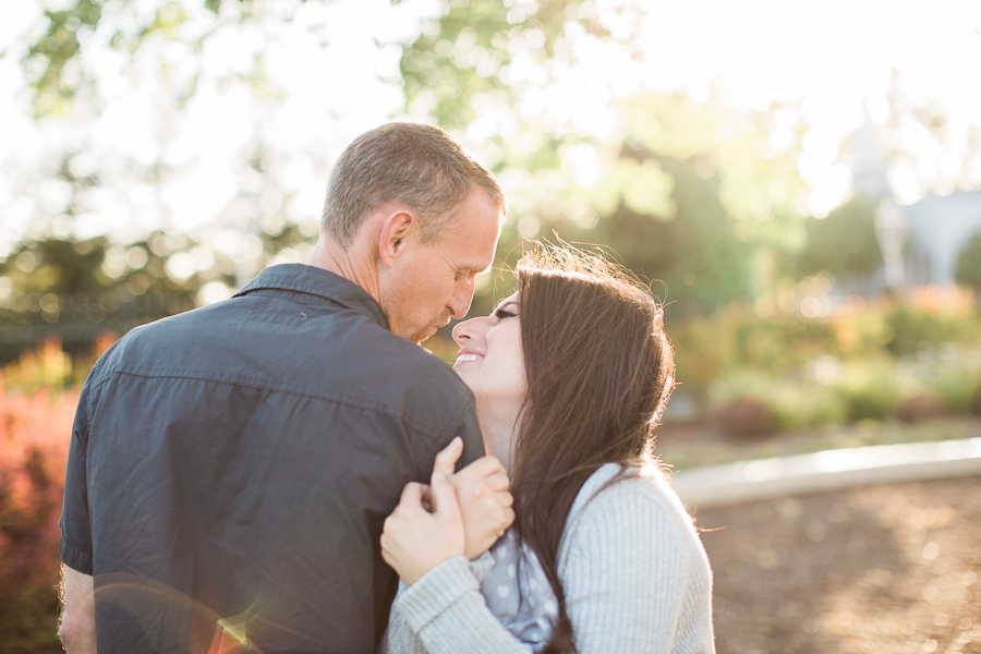 Sacramento_Temple_Engagement_Pictures-14