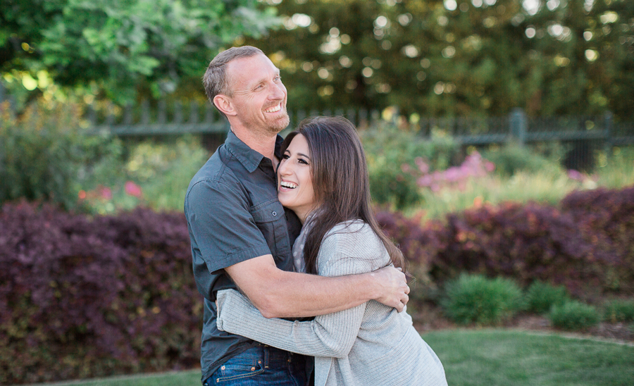 Sacramento_Temple_Engagement_Pictures-17