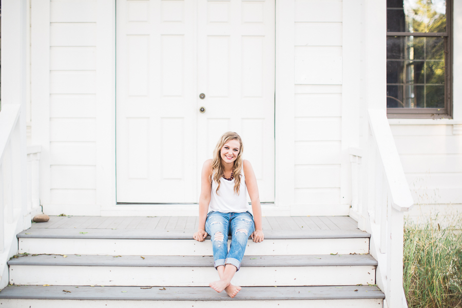 Senior_Portraits_Kaili_One_Room_School_House-13