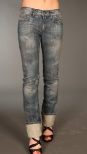 Straight Leg Jeans in Dirty Wash