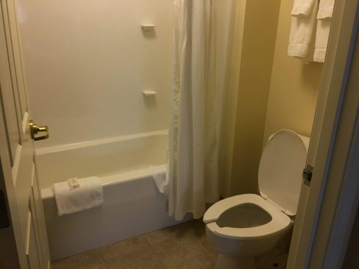 Staybridge Suites in Stow Ohio review bathroom