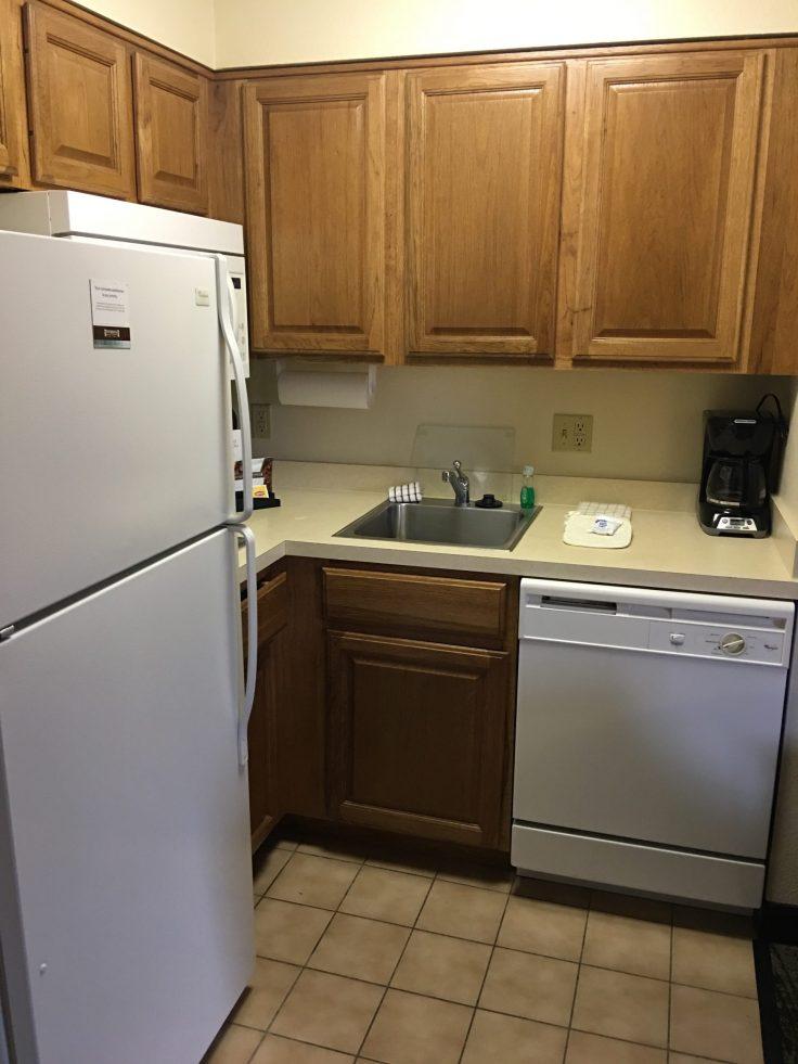 Staybridge Suites Cherry Creek kitchen