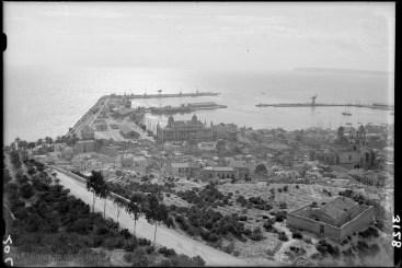 Undated, Alicante port
