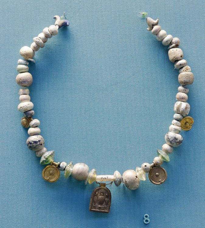 Phoenician glass necklace 5-6th century BC