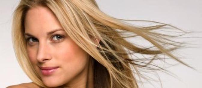 ماسكات طبيعية لعلاج الشعر المحروق