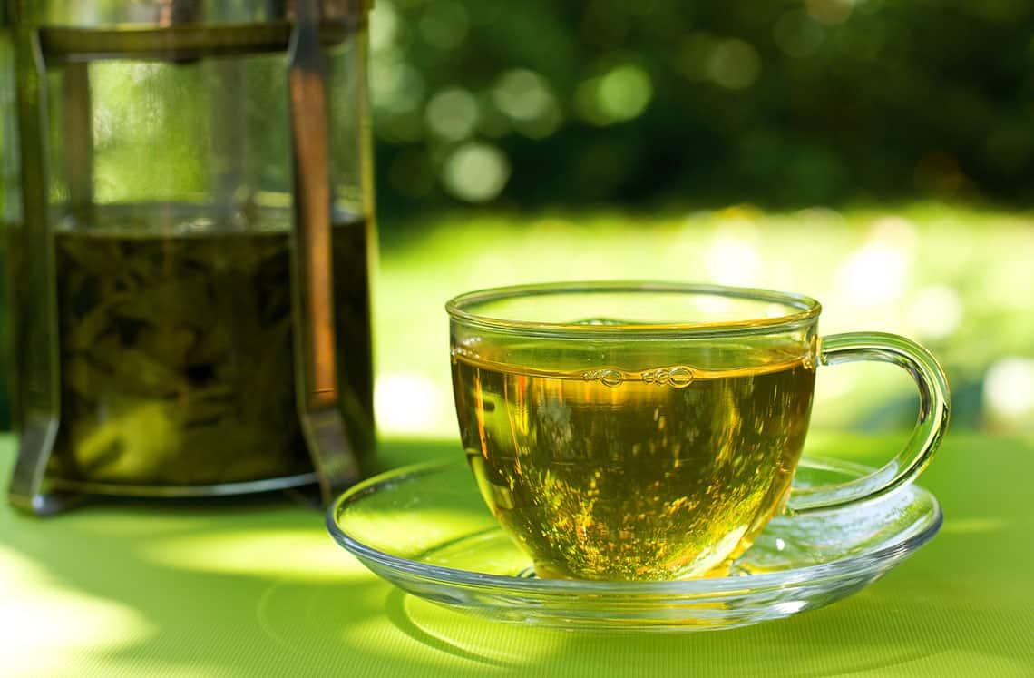 الشاي الأخضر والميرمية