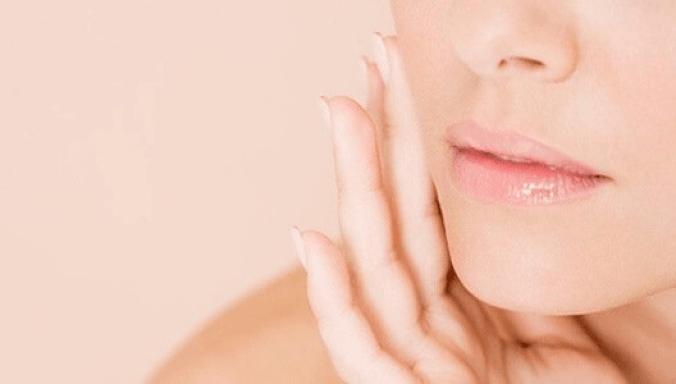 Différentes-utilisations-du-blanc-dœuf-pour-prendre-soin-de-votre-santé-et-de-votre-beauté-pores