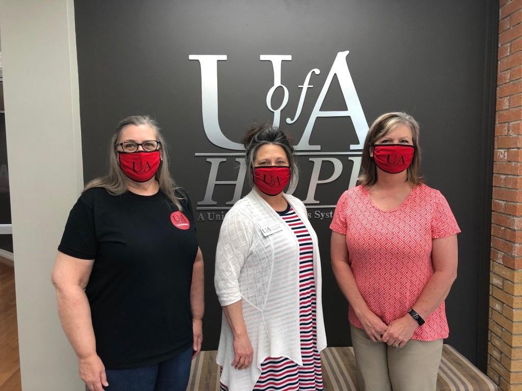 U of A Hope-Texarkana employees wearing face masks