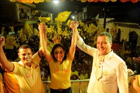 Rui Costa formaliza apoio a Siméia e Paulo Silva (Foto: Valdir Santos/UN)