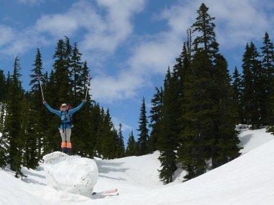 The wonderful new sport of ski boulderin